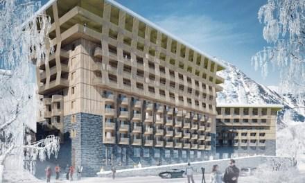 Radisson Blu, Hallenbad, Apartmenthaus und Ski-Talstation