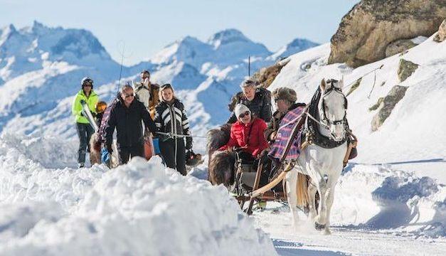 Mit Pferdekutschen vom Nätschen in Richtung Oberalppass