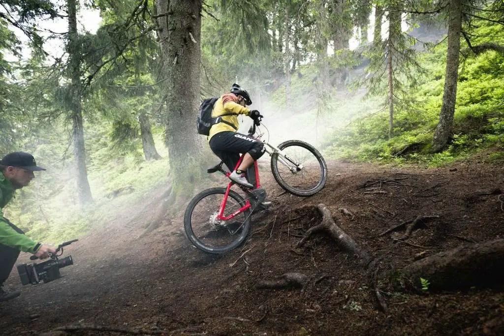 Anzeige – Mountainbiken mit eBike? Uphill Flow epowered by Bosch