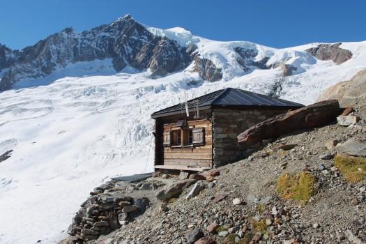 Mittelaletsch-Hütte / Bild: Oxensepp/wikimedia