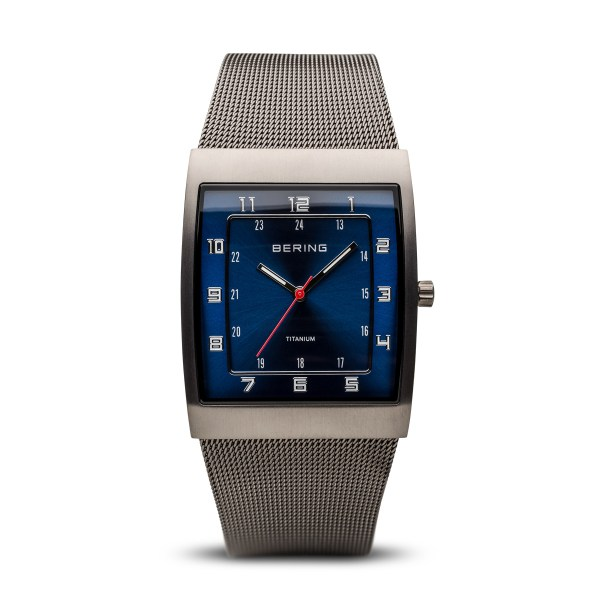 Classic | grau gebürstet | 11233-078 | BERING ® | Official ...