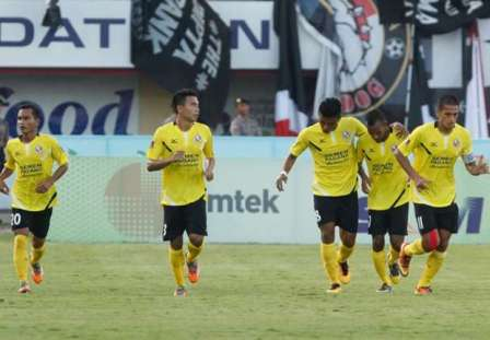 PS TNI vs Barito Putera