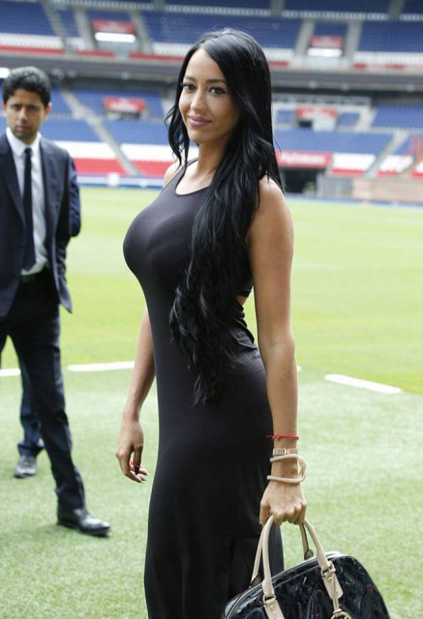37009bdd00000578-3729404-ruiz_was_snapped_on_the_pitch_with_her_boyfriend_as_she_joined_h-a-4_1470667687754