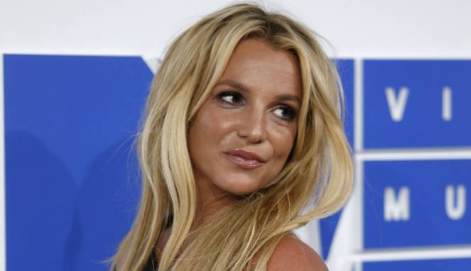 57c3dca526a10-britney-spears_663_382