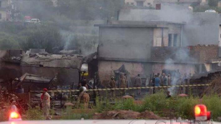 Pesawat Militer Pakistan, Turbo King 350 jatuh