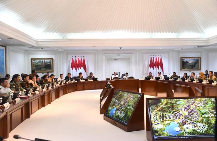Rapat Istana