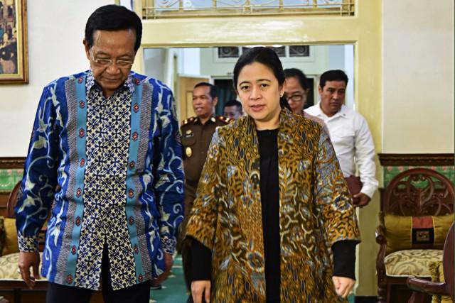 Puan dan Sultan HB X