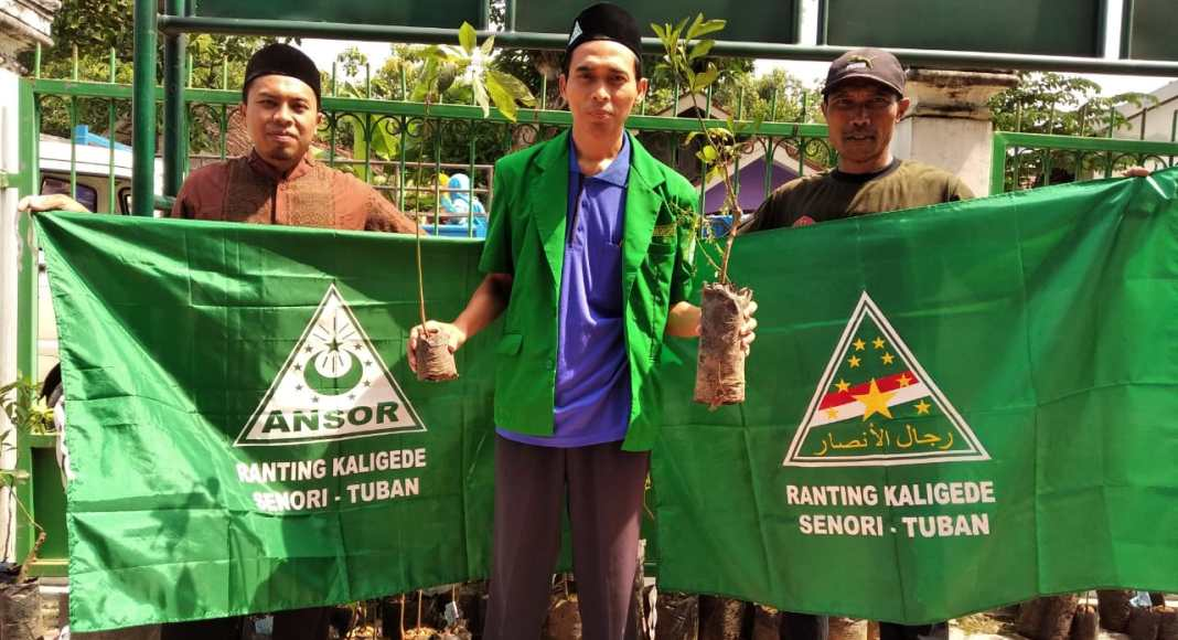 Peringati Harlah NU Ke-97, PAC GP Ansor Senori Tanan 1000 Pohon