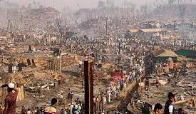 Kondisi kamp pengungsi Rohingya setelah kebakaran membakar semua tempat penampungan di Cox's Bazar, Bangladesh, 23 Maret 2021. Foto: REUTERS / Ro Yassin Abdumonab