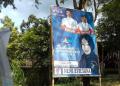 Banner caleg demokrat yang dukung Jokowi.