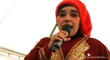 10092012-pada-panggung-musik-menyajikan-pula-lagu-daerah-dki-jakarta