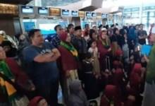 Photo of Akibat Kebijakan Kerajaan Arab Saudi, Ribuan Calon Jemaah Umrah Menumpuk Di Bandara Soetta