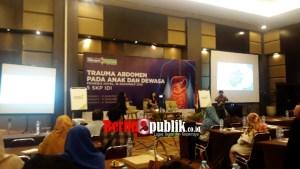 Siloam Hospitals Lippo Cikarang Bekasi mengadakan seminar trauma abdomen pada anak-anak dan orang dewasa, di Hotel Primebiz Cikarang, Sabtu (16/11)
