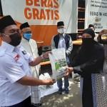 ACT Bersama MUI Bagikan 1 Ton Beras untuk Dai, Guru Ngaji, dan Marbot Masjid, Jumat, (24/4).