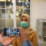 Kepala Bidang Kepesertaan dan Pelayanan Peserta BPJS Kesehatan Cabang Bekasi, Zuamah, saat kegiatan Ngopi bareng JKN bersama media di Bandar Djakarta, Jumat, (25/9).
