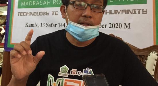 Armin Irawan selaku Chairman IRTC (Internasional Robotic Training and Competition)