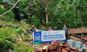 Dompet Amal Kemanusiaan Bekasimedia Gandeng YBM PLN UP3 Bekasi Salurkan Bantuan, (29/11).