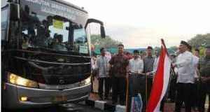 Airin Lepas Jemaah Haji Tangerang Selatan