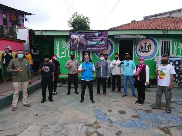 Mendapat Bantuan 200 Paket Sembako dari Artis Anang Hermansyah beserta Istri Ashanty, Keluarga Besar REFCI berikan Kepada yang Berhak