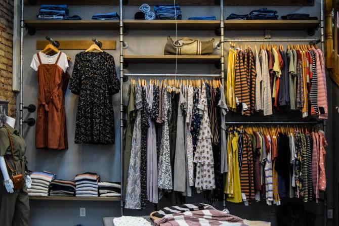 Contoh Foto Tips Memilih Penyedia Jasa Desain Baju Online yang Terpercaya 3
