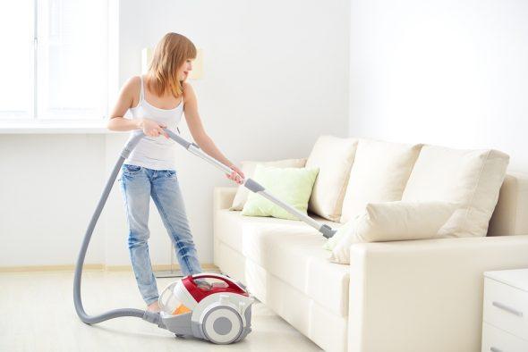 советы как почистить диван в домашних условиях