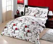 Hermoso complejo de ropa de cama