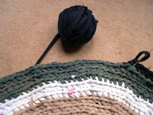 Как связать коврики из колготок своими руками без крючка и ...