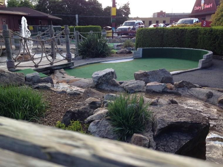 Schell-s-miniature-golf