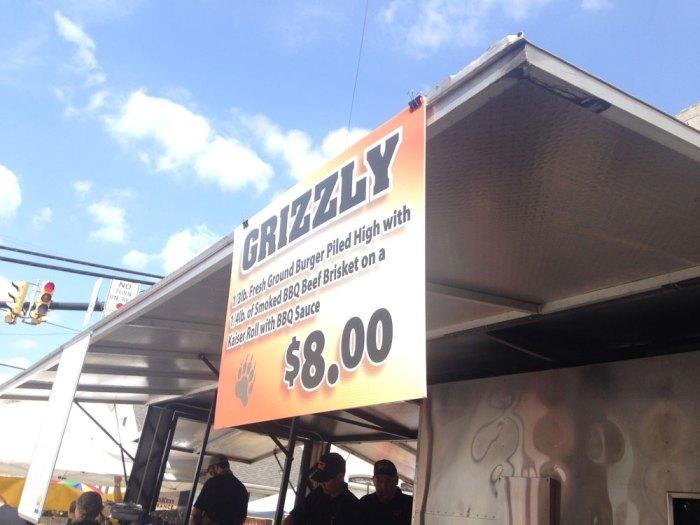 smokey-bear-bbq-grizzly-burger-2