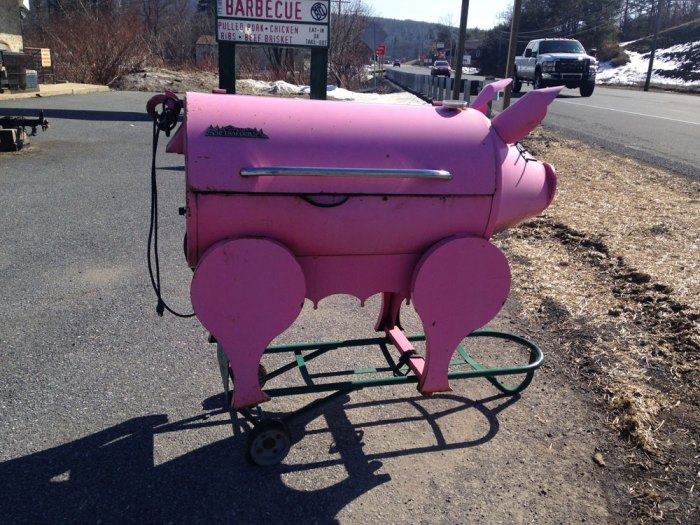 it-s-just-barbecue-the-pink-pig