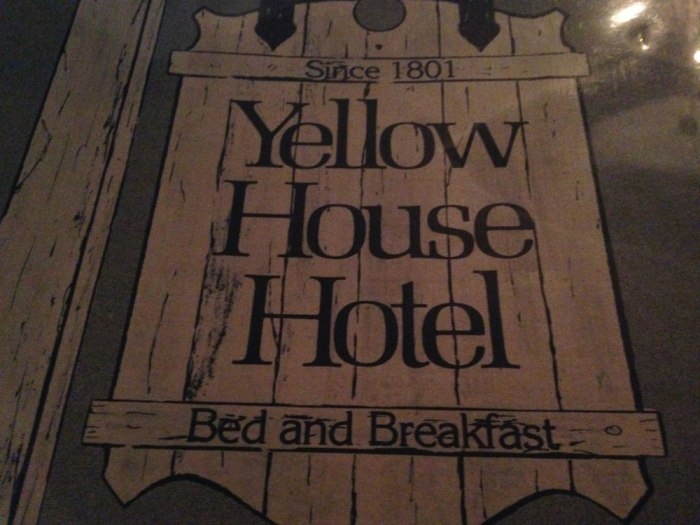 yellow-house-hotel-menu-cover