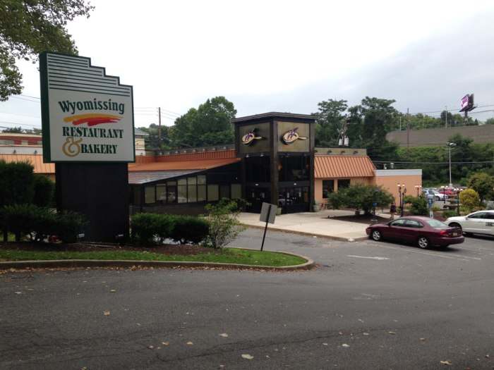 wyomissing-restaurant-and-bakery