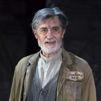 Roger Rees. Photo by T. Charles Erickson.