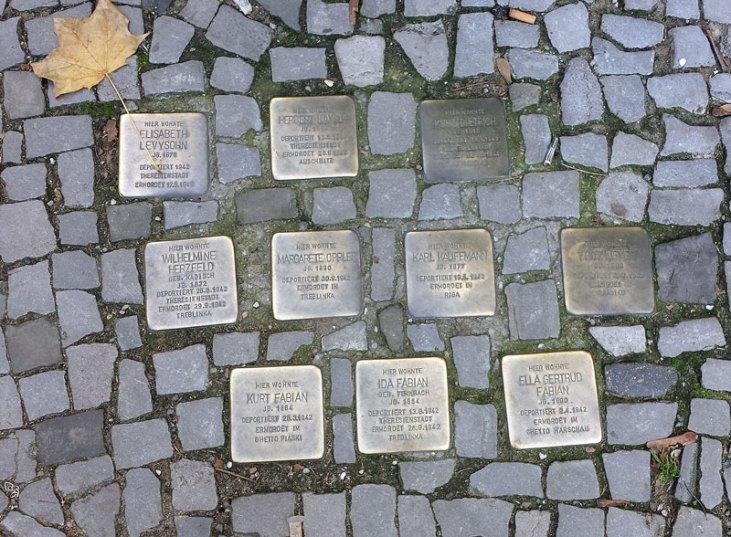 Stolpersteine i Giesebrechtstrasse. Foto: Kirsten Andersen