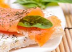 1367219_fresh_salmon_sandwich