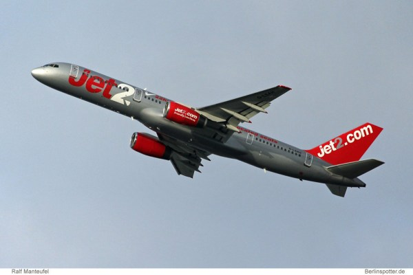 Jet2.com Boeing 757-200 G-LSAH (© R. Manteufel)