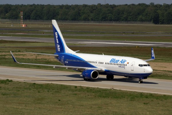 Blue Air Boeing 737-800 (© O. Pritzkow)