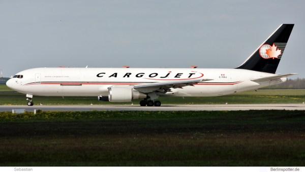 Cargojet Boeing 767-300F C-FDIJ