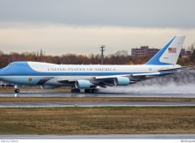 United States Boeing VC-25A 92-8000 (TXL 18.11. 2016)