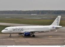 White Airbus A320-200 CS-TRO (TXL 28.10. 2016)