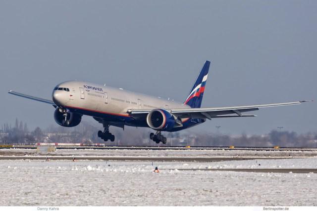 Aeroflot Boeing 777-300ER VQ-BUB (SXF 10.1. 2017)