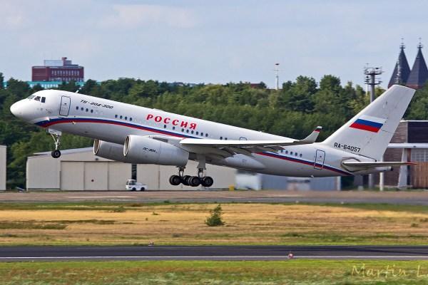 Rossiya Tupolev Tu-204-300 RA-64057 (TXL 13.7. 2017)