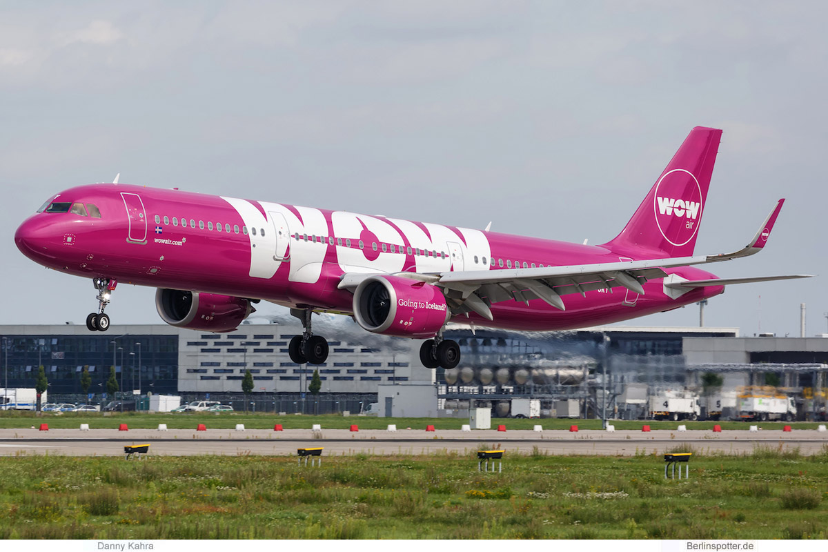 WOW Air Airbus A321neo TF-SKY
