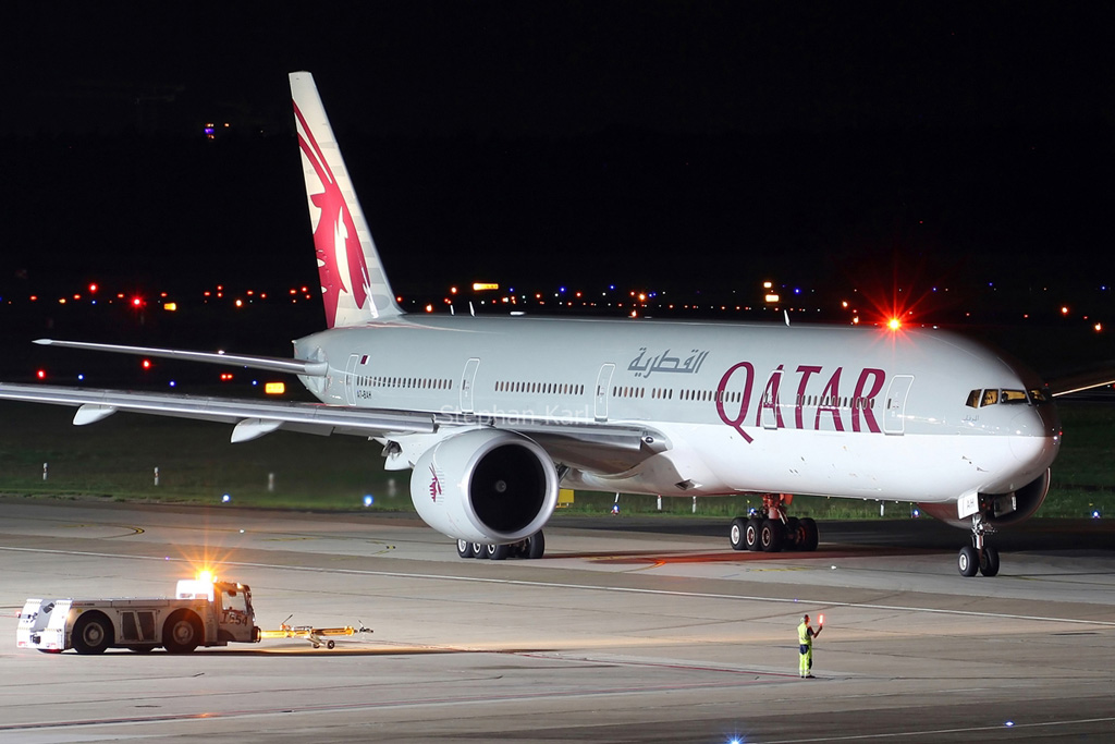Qatar Airways Boeing 777-300ER A7-BAH