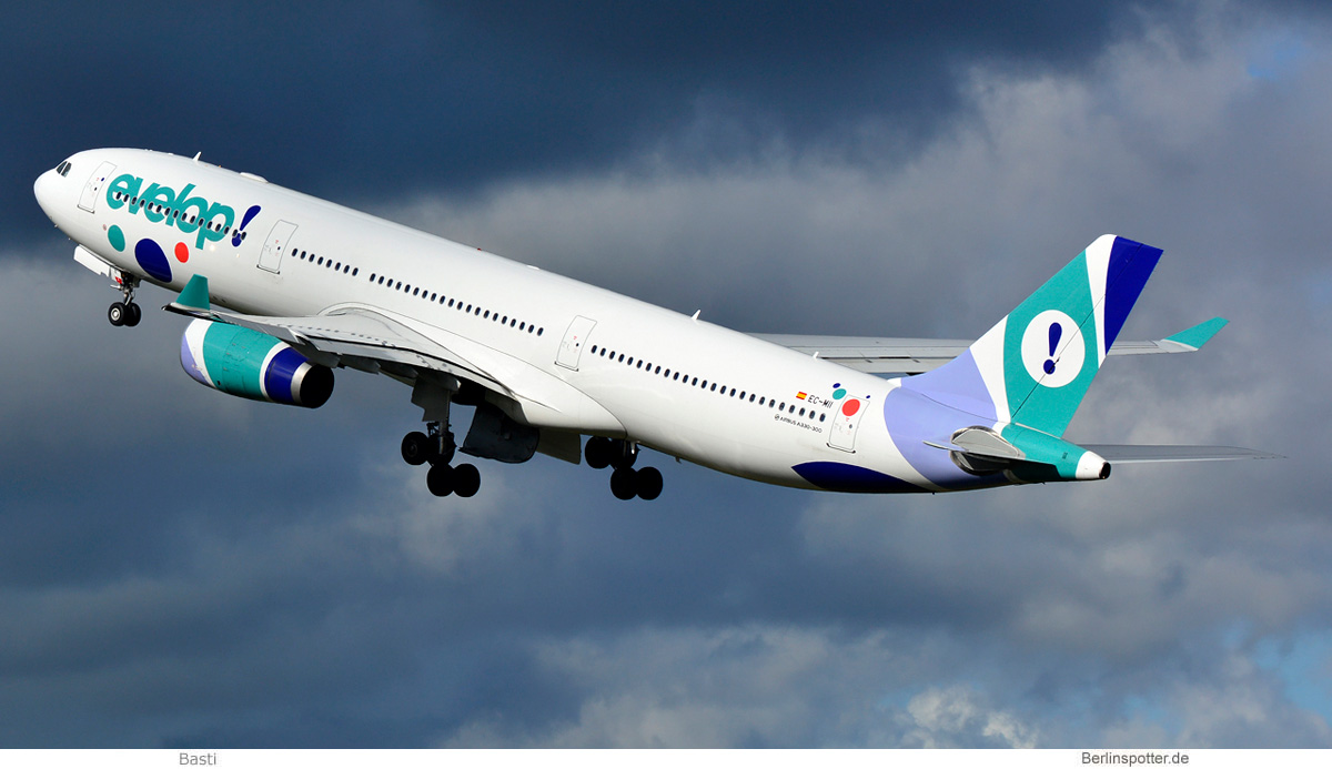 Evelop Airlines Airbus A330-300 EC-MII