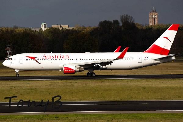 Austrian Airlines, Boeing 767-300ER OE-LAZ (TXL 24.10. 2017)