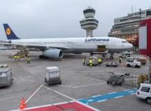 Ein Lufthansa A330-300 hebt täglich außer freitags und sonntags in Berlin TXL zum Flug über den Nordatlantik ab. (© G. Wicker/FBB)