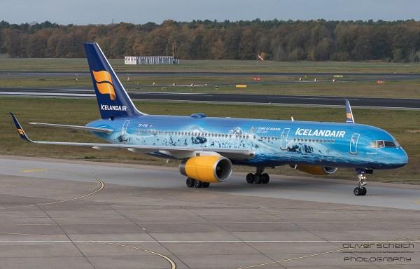 Icelandair Boeing 757-200(WL) TF-FIR, Vatnajökull-Bemalung (TXL 3.11. 2017)