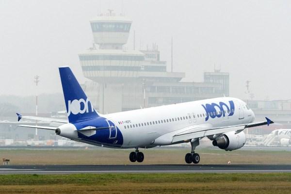 Landung eines Airbus A320-200 der Joon (© G. Wicker, FBB)