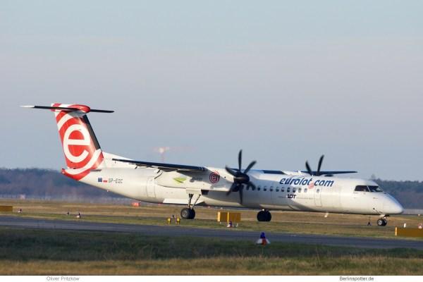 LOT Polish Airlines, Bombardier Q400 SP-EQC, alte euroLOT-Bemalung (TXL 26.12. 2017)